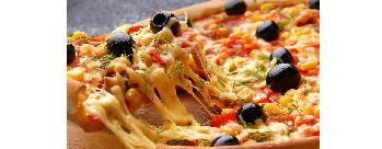 Get Garlic Bread & Dip Free on Order of Rs 350 & Above